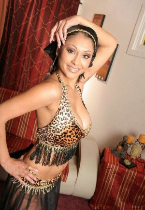 Laurynne ladyboy escorts St. Cloud, MN