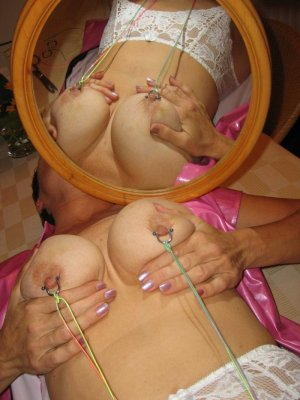 Linah naked tantra massage in Brushy Creek, TX